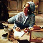 L'intramontabile raffinatezza del tailleur e dello stile di Jackie Kennedy