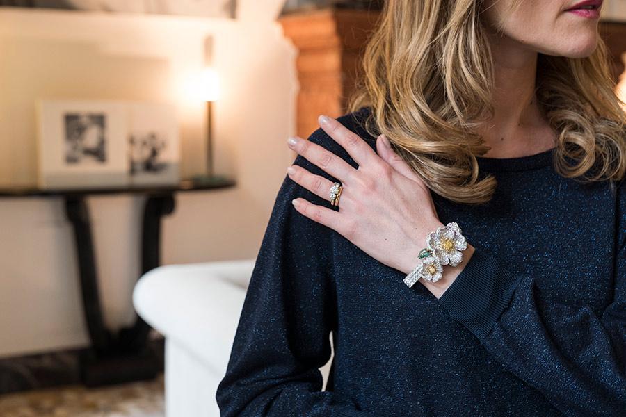 Giampiero-Bodino-Primavera-orologio-segreto indossato da Laura Canepa