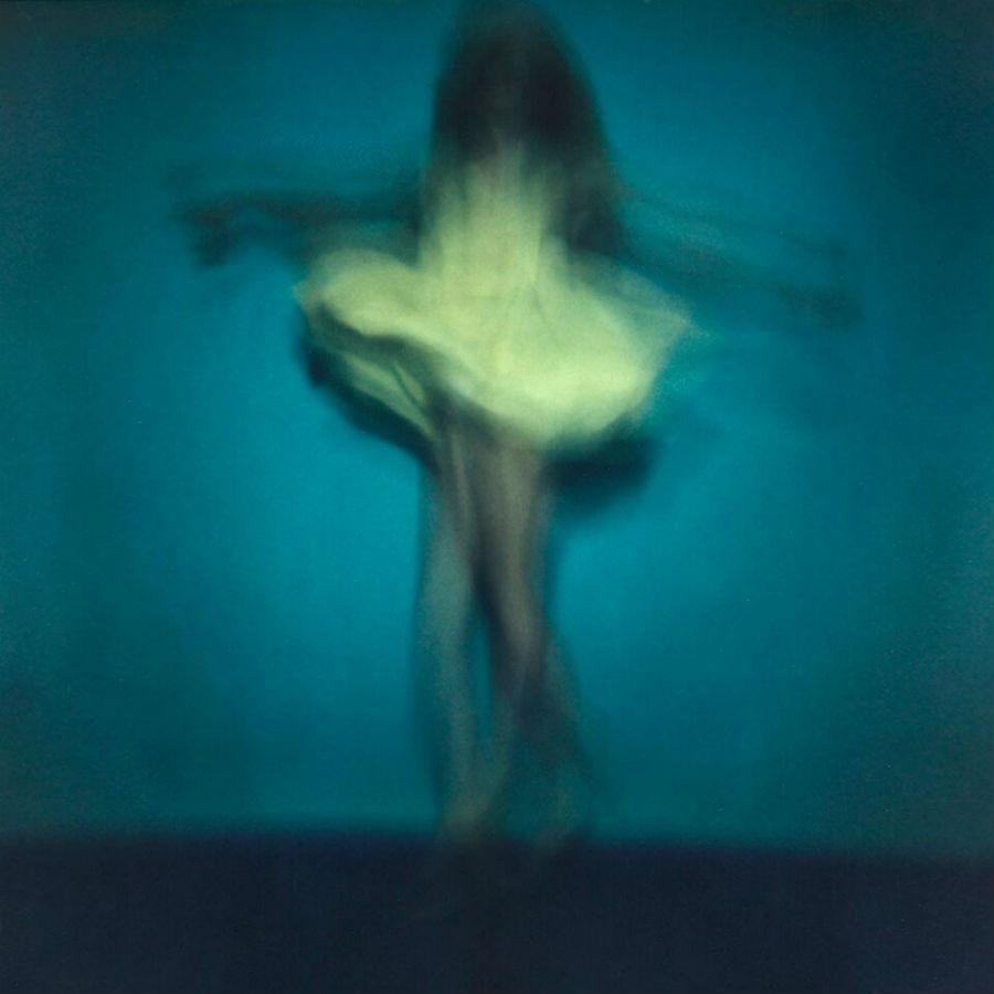 MIA Photo Fair-Joris van der Ploeg-Forgotten Grace-2016 Polaroid, cm 100 x 100, Edizione: 9, Courtesy: QLICK Editions