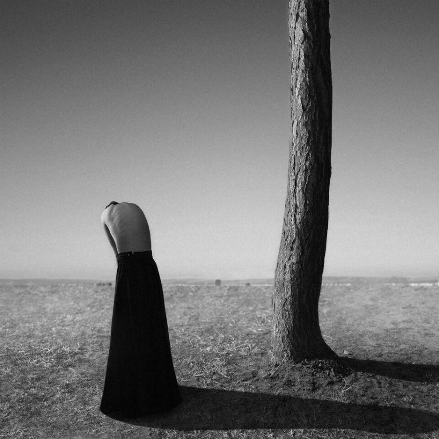 MIA Photo Fair-Noell Oszvald-Silence-2013 Technique: -, 27,5 x 27,5 cm, Edition: 10, Courtesy: ©Noell Oszvald by courtesy of Opiom Gallery