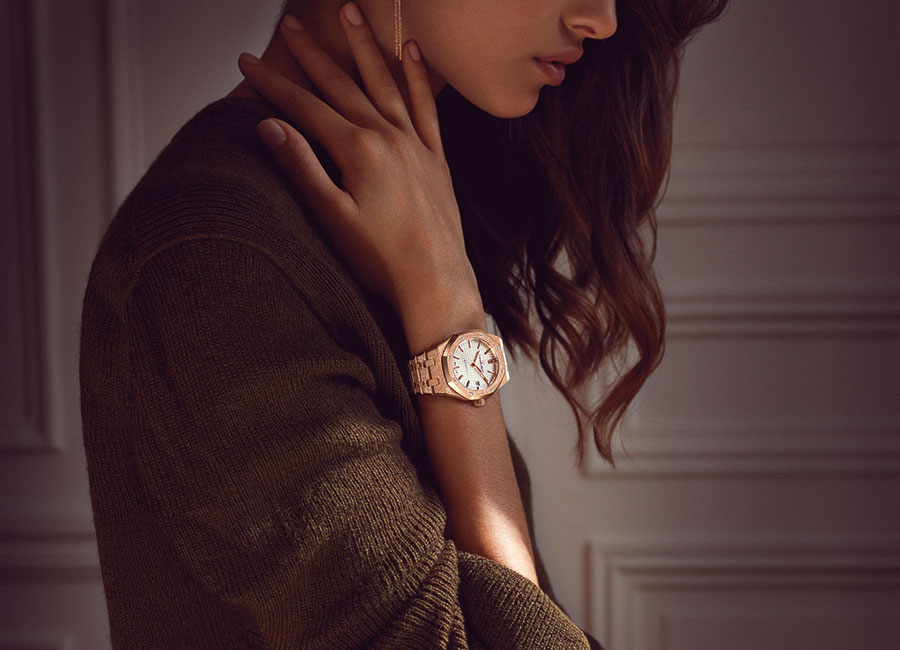 Royal Oak-Frosted-Gold-sihh17-carolina-bucci_E