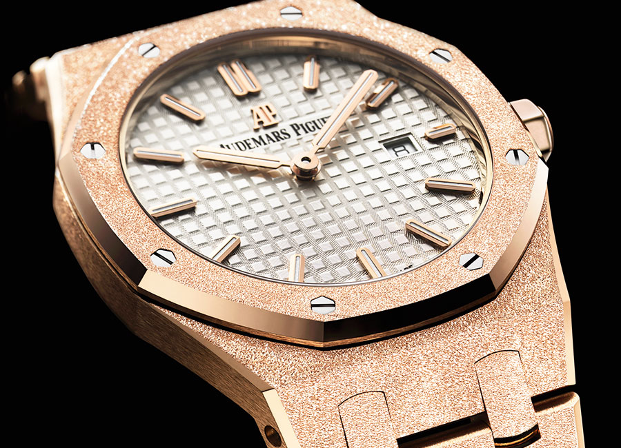 Royal Oak-Frosted-Gold-sihh17-carolina-bucci_O
