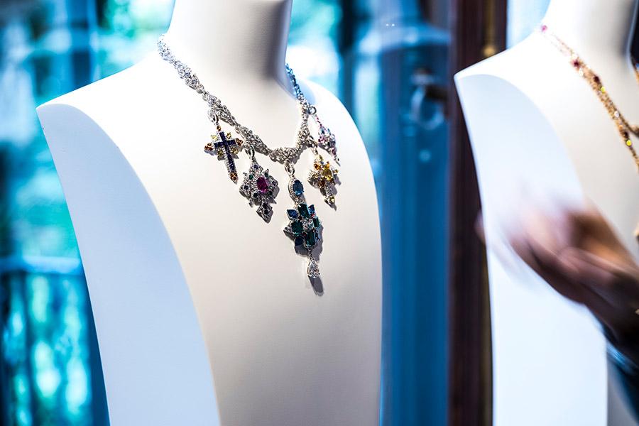 giampiero bodino Rosa dei Venti - gioiello trasformabile: collana, pendente, spilla
