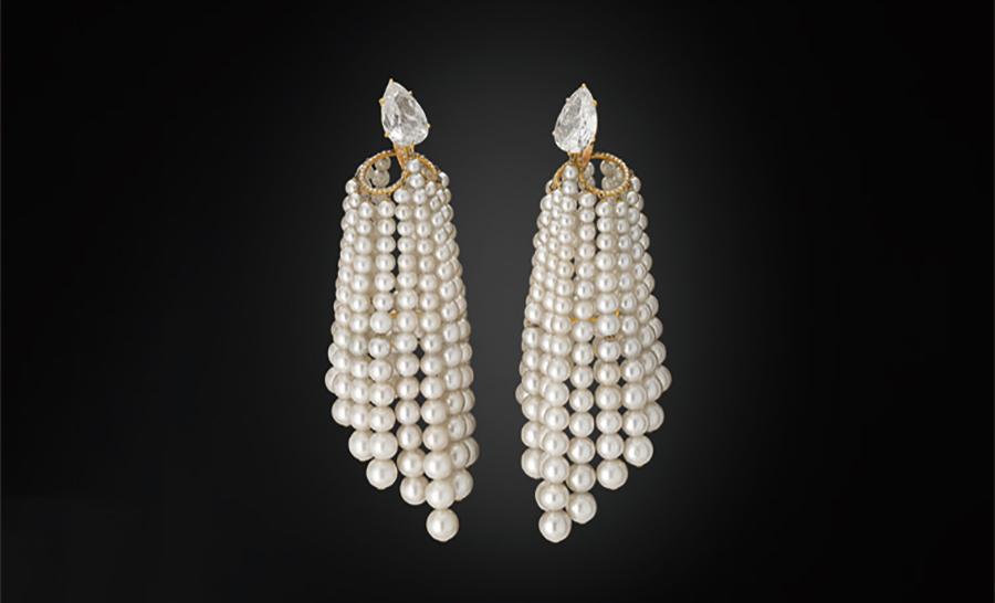 Al Thani-collezione-gioielli_orecchini-perle-diamanti-oro