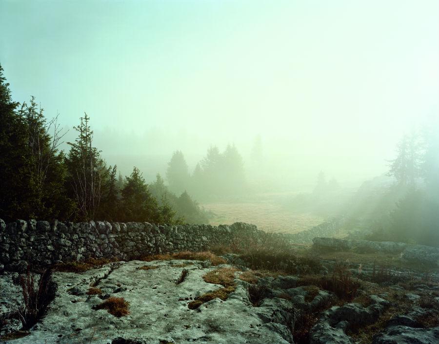 Dan Holdsworth-audemars piguet-la Vallee de Joux_paesaggio-avvolto-nella-nebbia