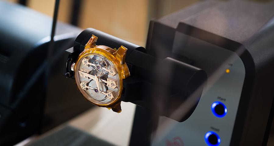 Girard Perragaux-interno-manifattura-orologio-in-fase-di-lavorazione
