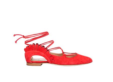 Paula-Cademartori-collezione-prefall-2017-ballerina-con-allacciatura-alla-caviglia-rosso