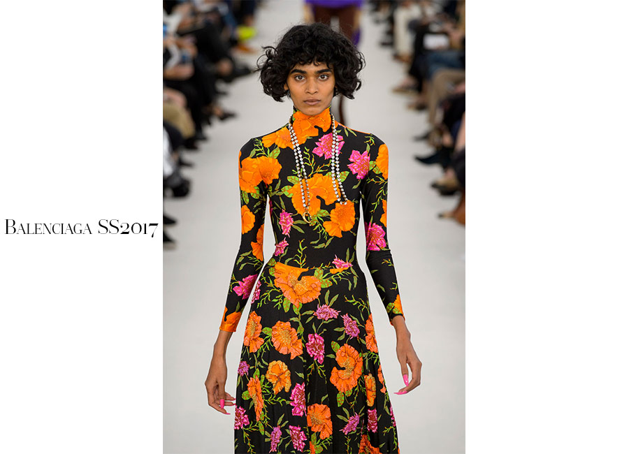 Pop-Balenciaga-SS2017-cappotto-stampa-flowers-andy-warhol