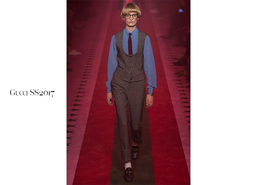 Pop-Gucci-SS2017-completo-maschile-gilet-e-cravatta-pettinatura-a-caschetto-e-occhiali-da-vista-anni-60