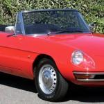 Alfa Romeo Giulia Spider Duetto, un'icona di stile multigenerazionale