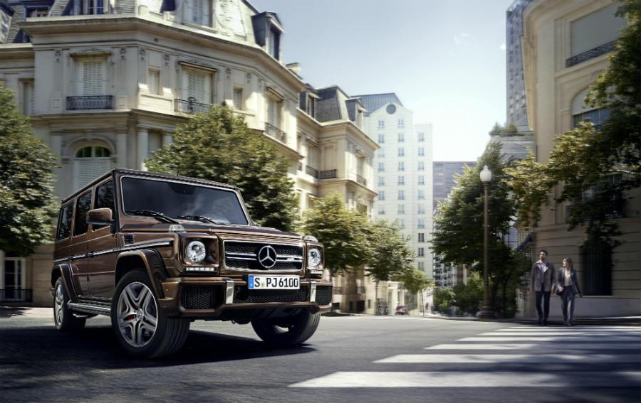 Classe G-Mercedes_immagine-anteriore-del-suv-su-suv-strada-cittadina