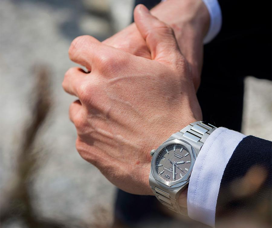 Laureato-Squelette-Girard Perregaux-orologio