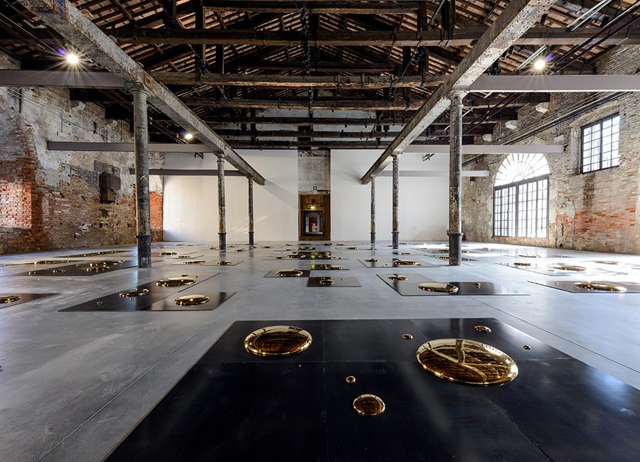 Arte: Liu Jianhua ,Square, 2014_ Porcelain dimensions variable_57. Esposizione Internazionale d'Arte - La Biennale di Venezia, Viva Arte Viva, Courtesy: La Biennale di Venezia