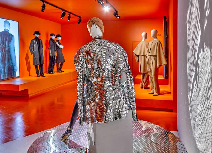 Martin Margiela: immagine di allestimento mostra Margiela: The Hermès years