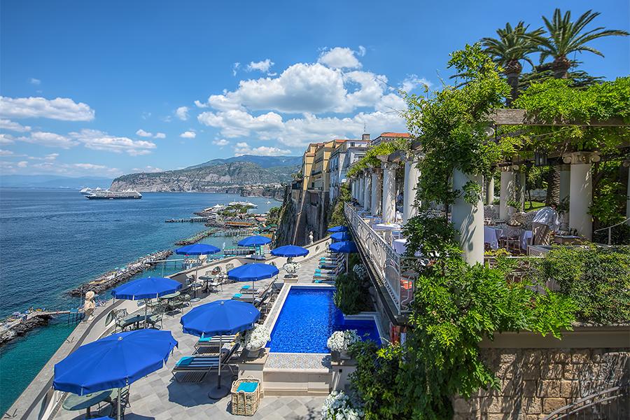 Bellevue-Syrene-hotel-sorrento-pool-terrace