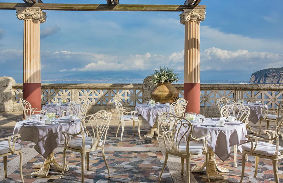 Bellevue-Syrene-hotel-sorrento-Villa Pompeiana terrace