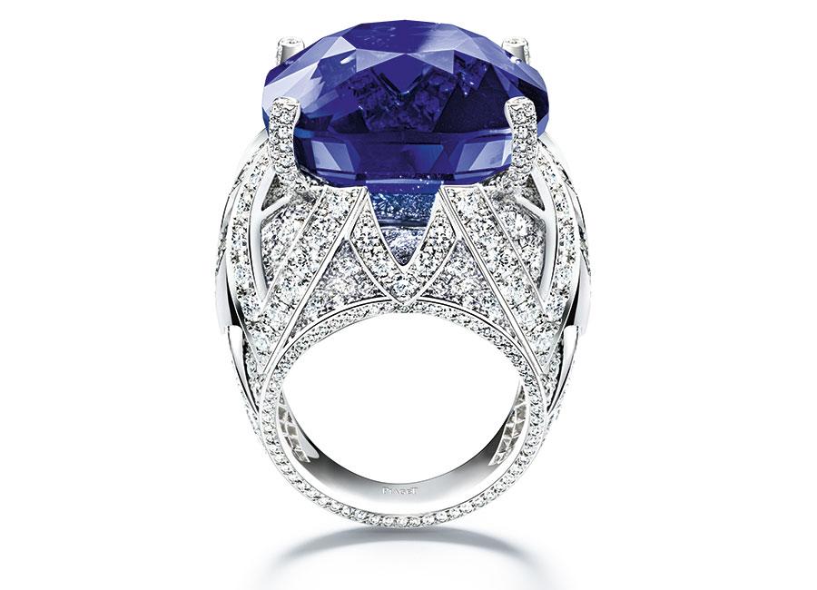 Piaget - Collezione Sunlight Journey - Anello Piaget Blue - in oro bianco con 1 zaffiro blu della Birmania taglio cuscino ( 53,45 carati) e diamanti taglio brillante - Pezzo unico