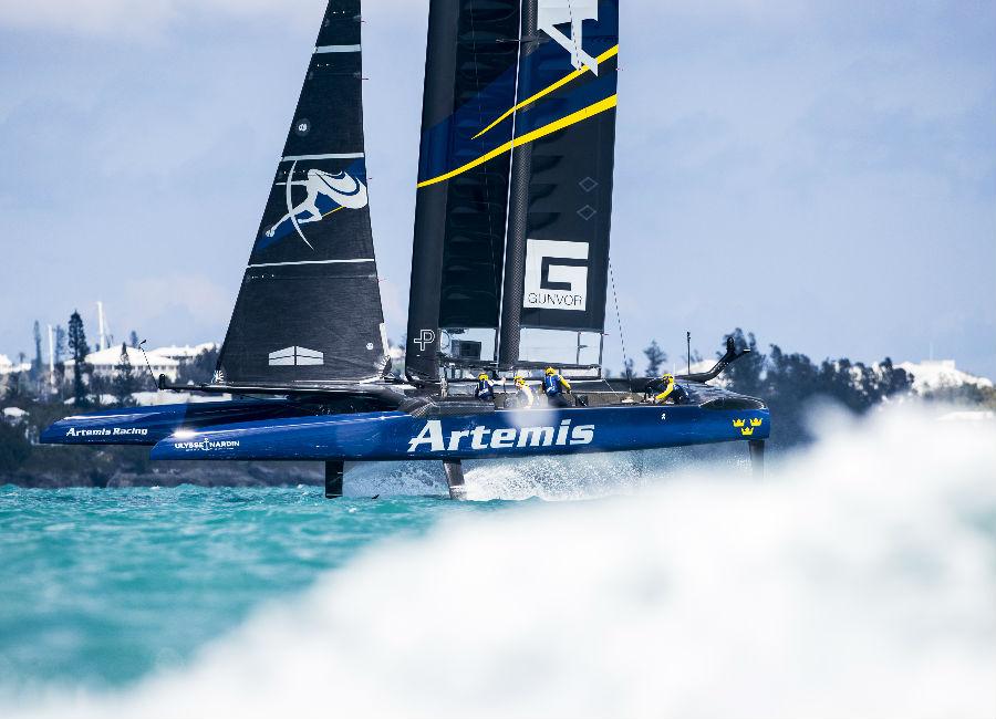 immagini di momenti di regata di Artemis Racing