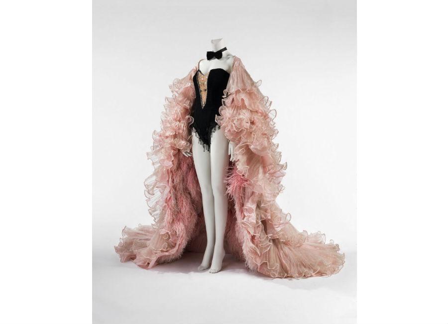Dalida, une garde-robe de la ville à la scène - abito Michel Fresnay – Mine Barral Vergez esposto nelle sale di Palais Galliera di Parigi