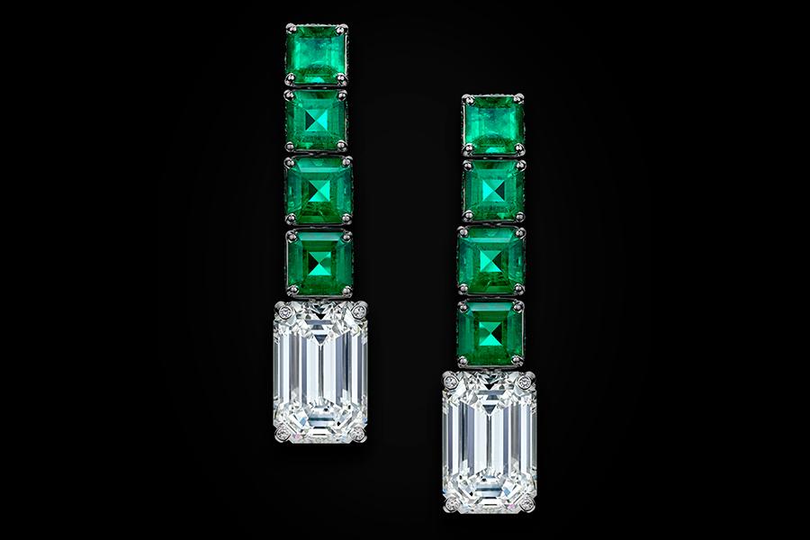 de Grisogono –Love on the Rocks – orecchini - collezione di alta gioielleria 8 smeraldi taglio smeraldo e due diamanti taglio gradini.