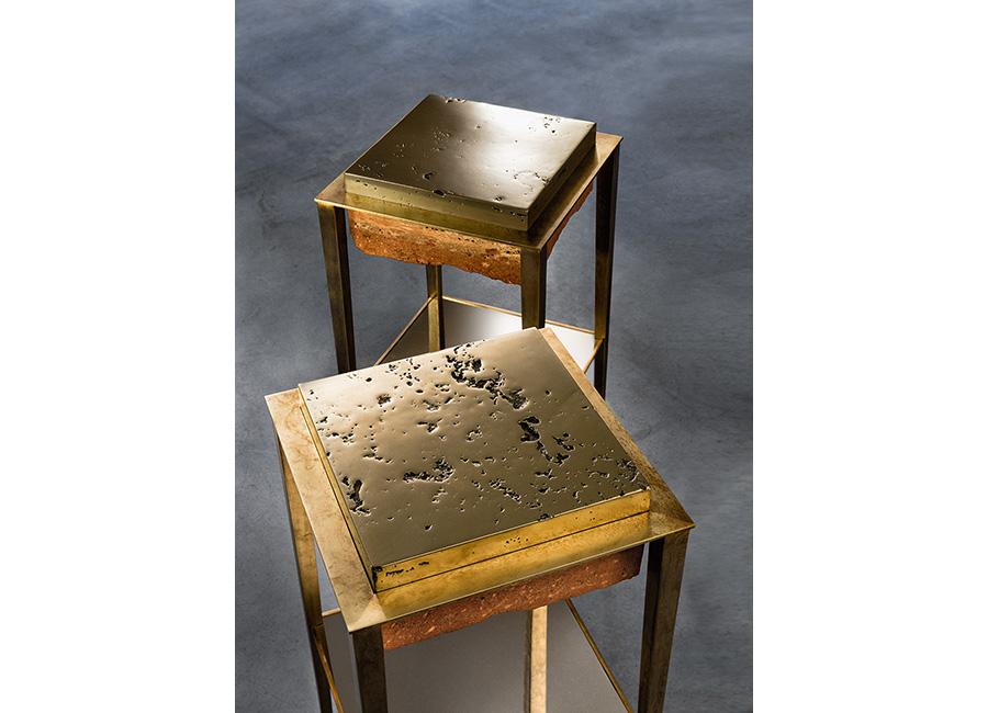 Gianluca Pacchioni - Tavolini della serie Cremino in travertino persiano e bronzo o ottone, presentati per il Salone del Mobile 2016.