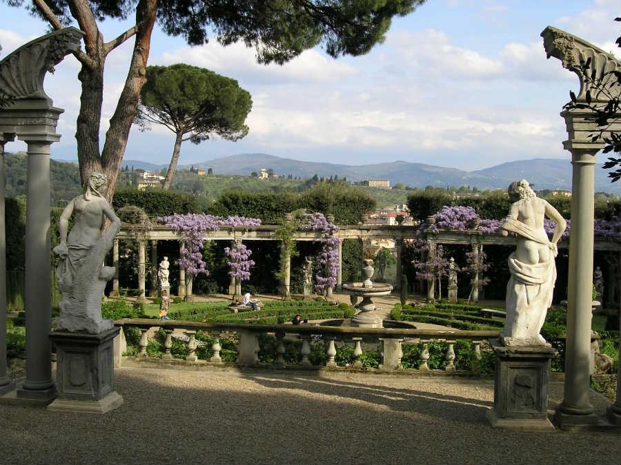 J.W. Anderson - Villa La Pietra - Firenze