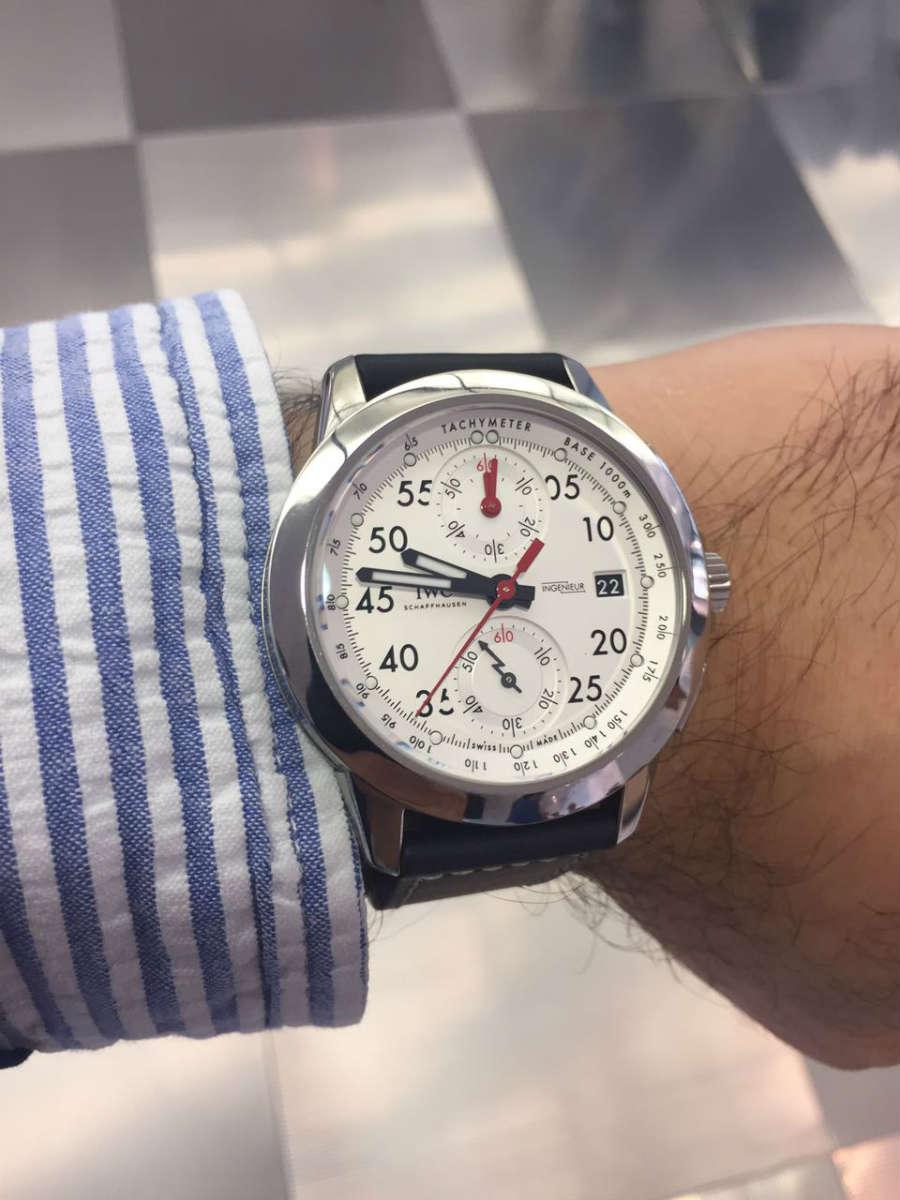 Passione Caracciola: orologio IWC Ingenieur al polso di un ospite del rally