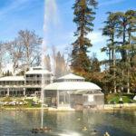 Tra ninfe, fate e dolci acque sorge il Parco di Villa dei Cedri sul Lago di Garda