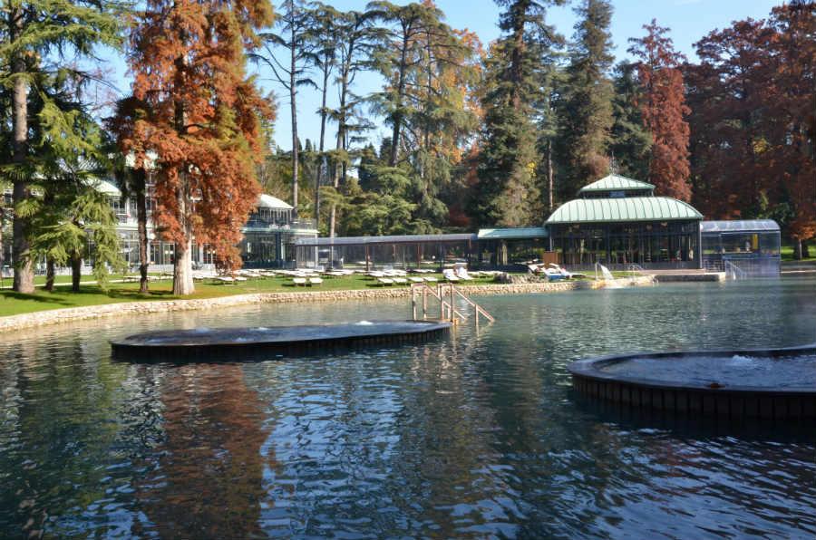 Villa dei Cedri - Scorcio del lago principale