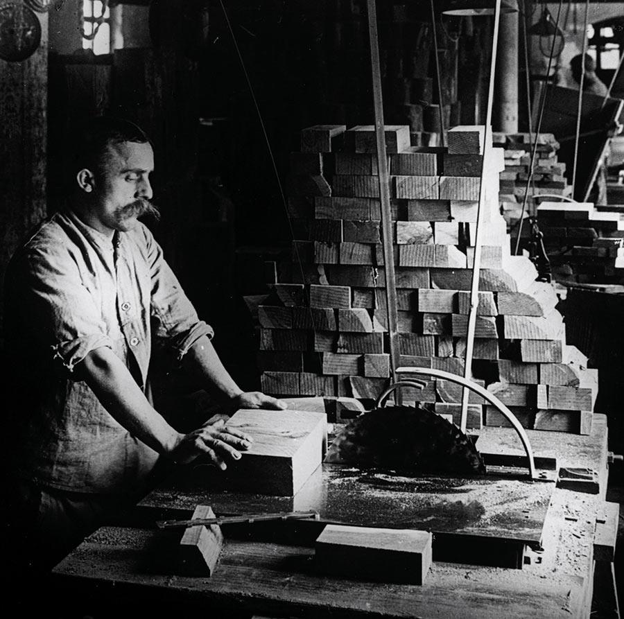 Faber-Castel-lavorazioni-foto-archiviio-storica