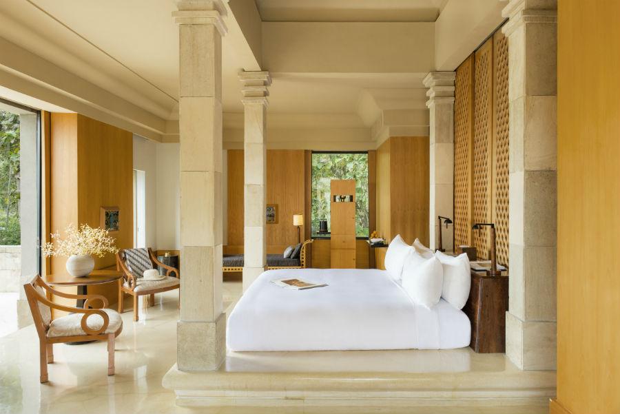 Amanjiwo Resort - isola di Java - camera da letto di una suite
