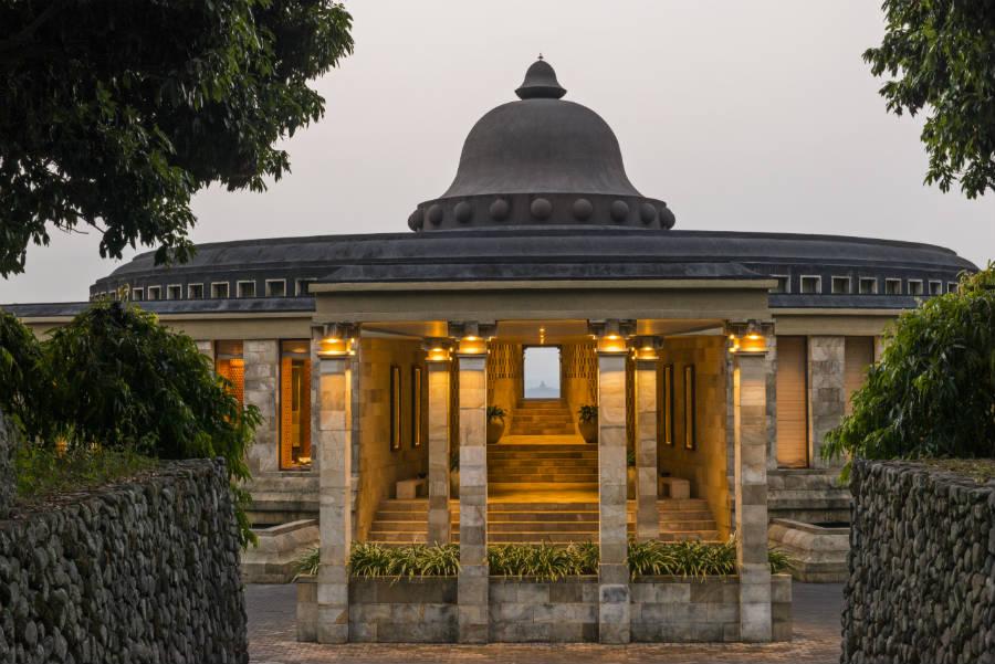Amanjiwo Resort - isola di Java - Fronte d'ingresso a Amanjiwo