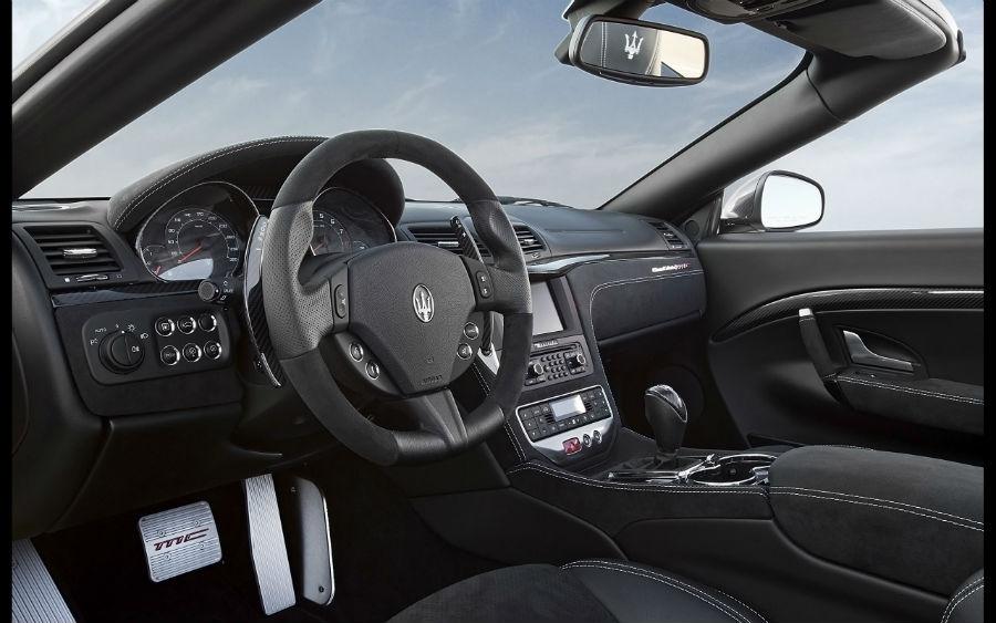 Maserati Grancabrio MC - dettagli interni