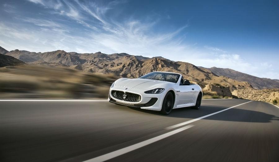 Maserati Grancabrio MC - automobile vista frontalmente