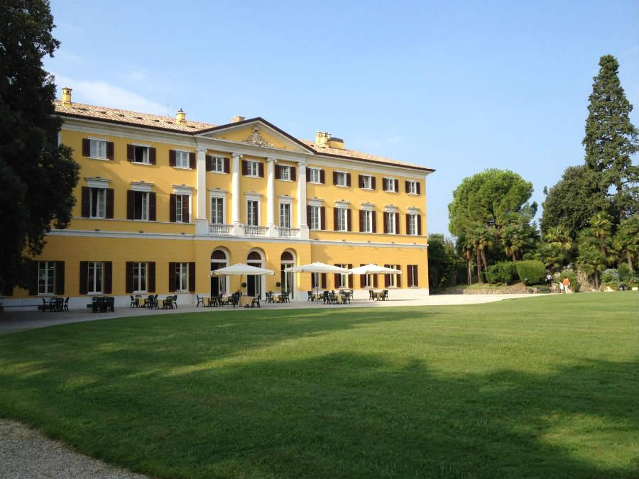 Villa dei Cedri residenza dei Miniscalchi