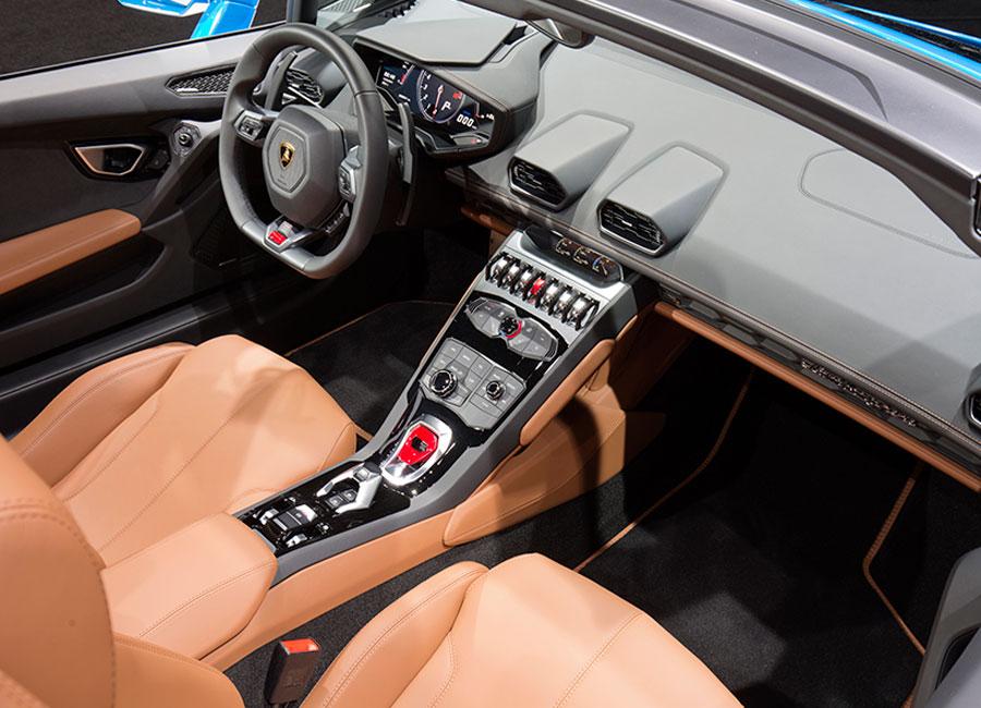 Lamborghini Huracán Spyder - interni
