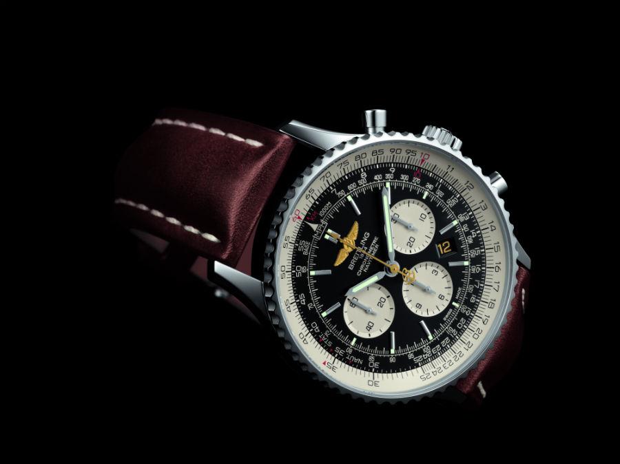 Breitling Navitimer DC-3 – movimento meccanico cronografico a carica automatica di manifattura Breitling 01 – certificato COSC – cassa da 46 mm in acciaio – cinturino in pelle – edizione limitata a 500 esemplari.