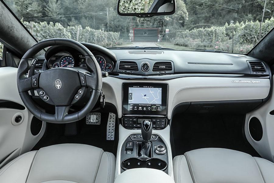 Maserati Granturismo MY2018 - interni
