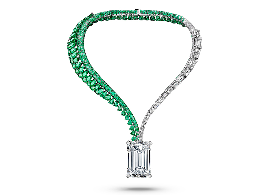 Creation I: The Art of de GRISOGONO, Creation I – Collana di alta gioielleria composta da un diamante taglio smeraldo (163.41 cts)D-Flawless, 399 brillanti (2.17 cts), 4 diamanti baguette (0.29 cts) e 18 diamanti taglio smeraldo (48.64 cts), 66 smeraldi taglio pera (120.42 cts), 5949 smeraldi taglio brillante (38.84 cts), 862 brillanti (6.52 cts).