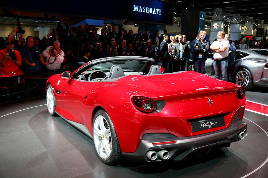 Ferrari Portofino in mostra al Salone IAA Francoforte - immagine della parte posteriore