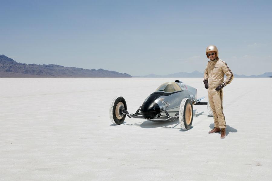 Bell & Ross è tornato a stupire con la retro-futurista Bellytanker - nell'immagine, un'auto futuristica degli anni '50