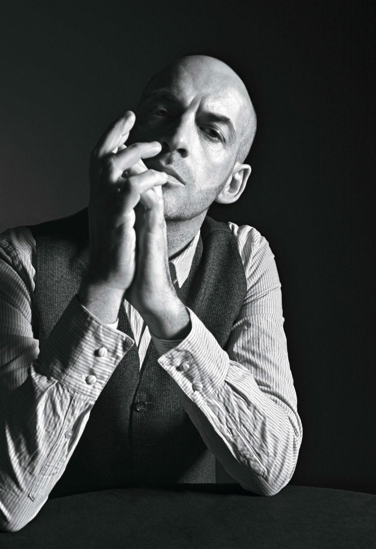 Ritratto in bianco e nero di Antonio Marras, credits Mario Sorrenti
