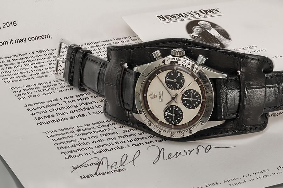 Il famoso esemplare con una lettera di certificazione firmata dalla figlia Nell Newman. (credit: Phillips Watches)