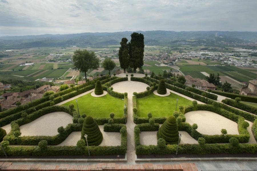 Castello di Guarene - Veduta sui giardini all'italiana