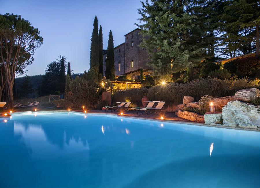 Castello di Spaltenna - piscina esterna
