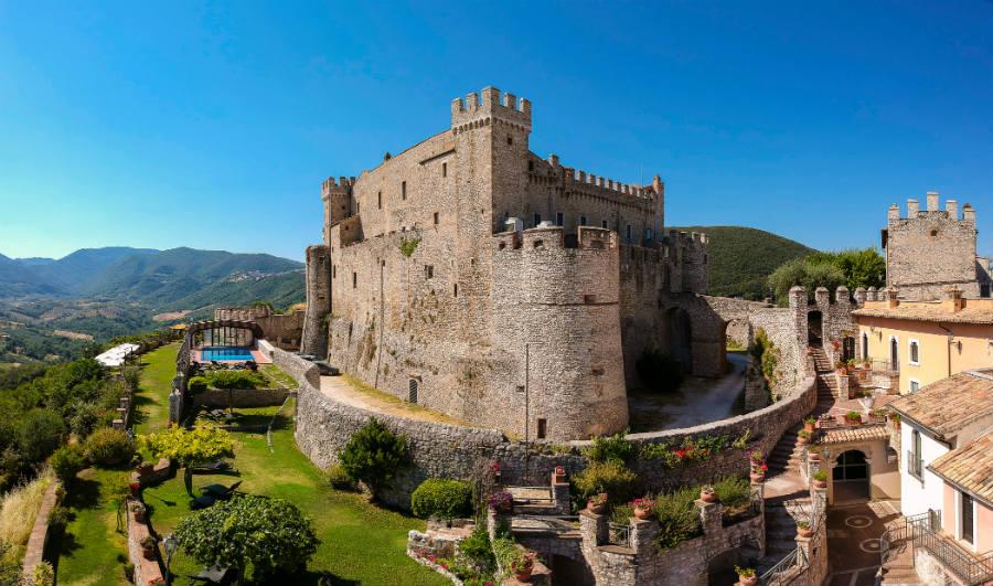 Castello Orsini di Nerola - veduta diurna
