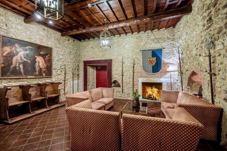 Castello Orsini di Nerola - Salone delle Armi