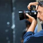 Giovanni Gastel: lo stile colto e ironico della fotografia
