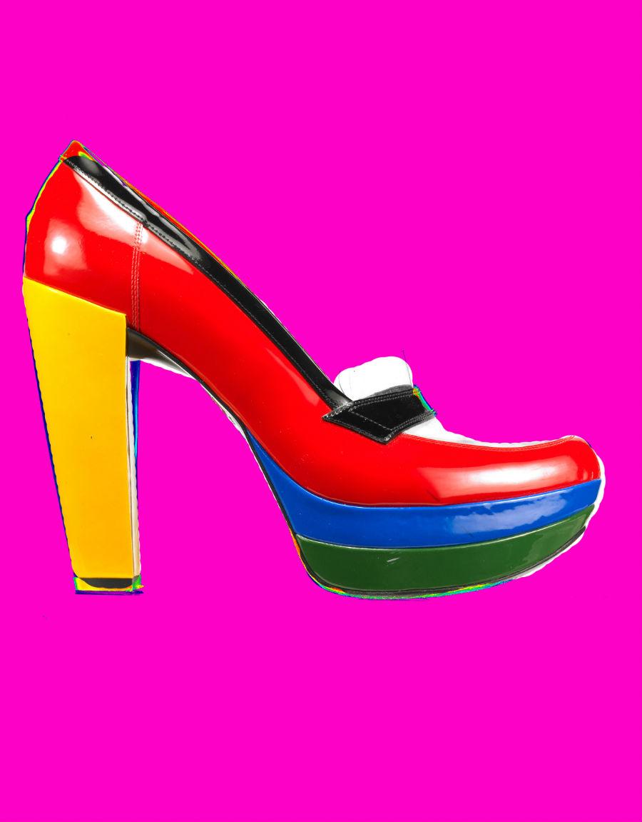 Giovanni Gastel - immagine di scarpa multicolore e con tacco alto