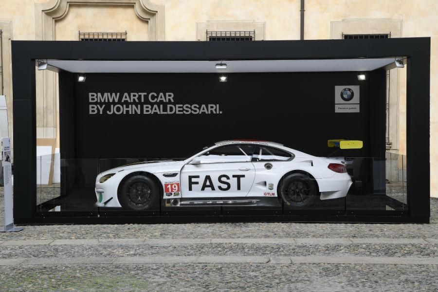 GPHG: l'ultima Art Car di BMW. Una M6 GTLM firmata John Baldessari.